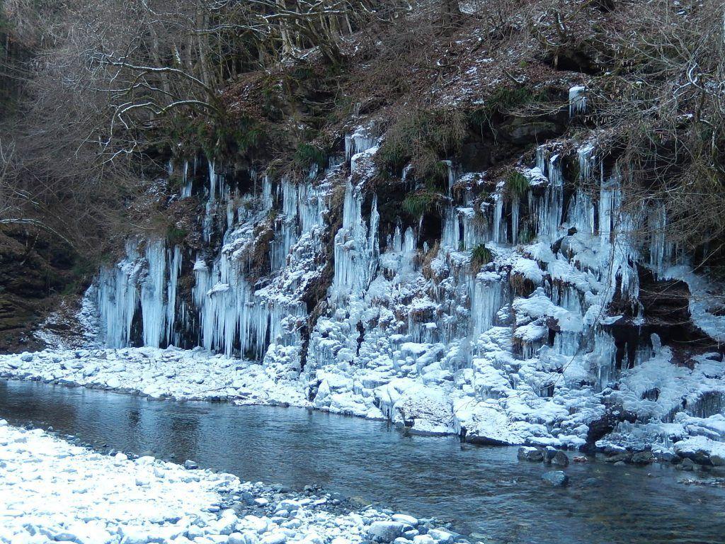 Misotsuchi Ice Pillars (Saitama Prefecture)