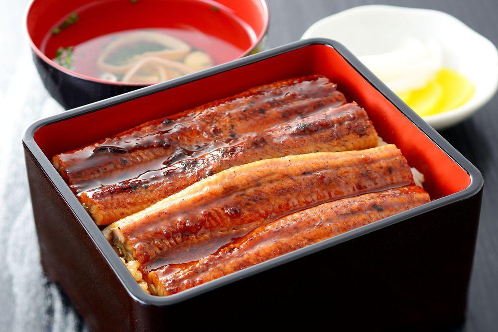 Local Gourmet is amazing too! Seared Bonito (Katsuo no Tataki) and Shimanto Eel